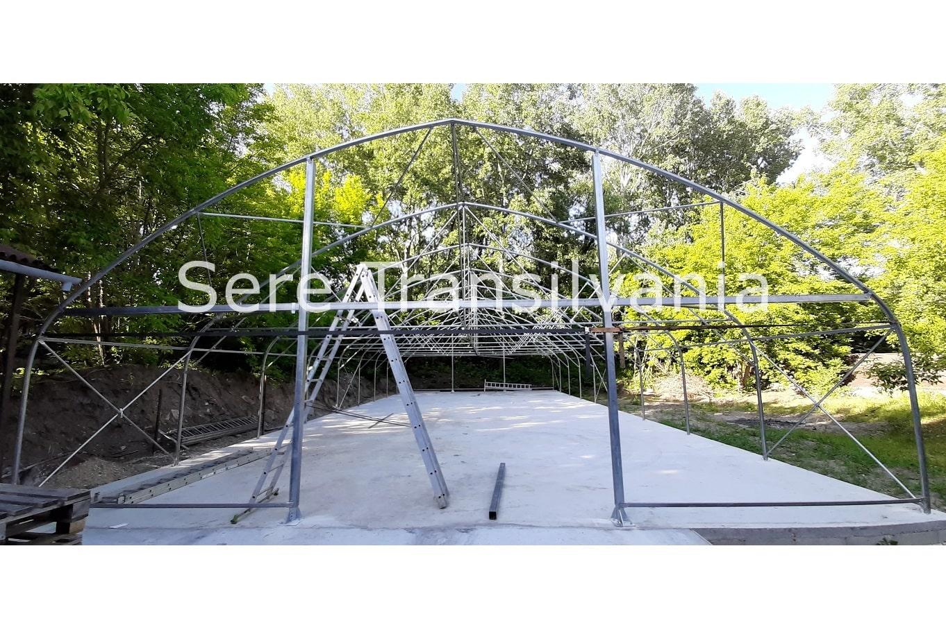 structura cort industrial cu pereti inalti